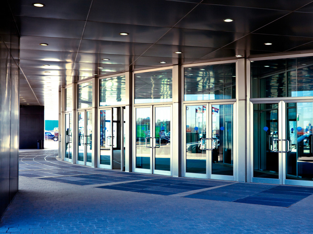 Find Commercial Glass Installation in Cedar Rapids, IA